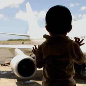 Viajar con bebés en avión – manual práctico