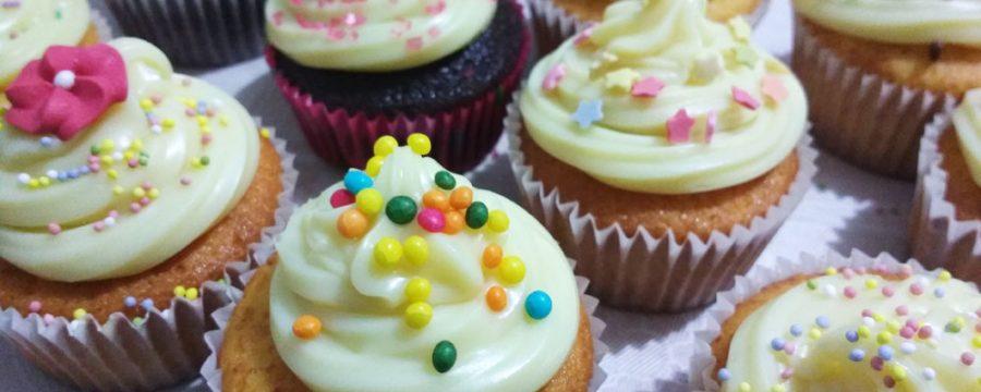 No sabes qué hacer de detalle de comunión? Cupcakes personalizados!