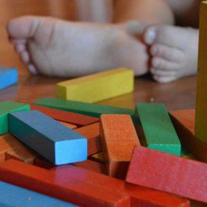 Cómo elegir juguetes estas navidades: 5 claves para un regalo educativo y divertido a la vez