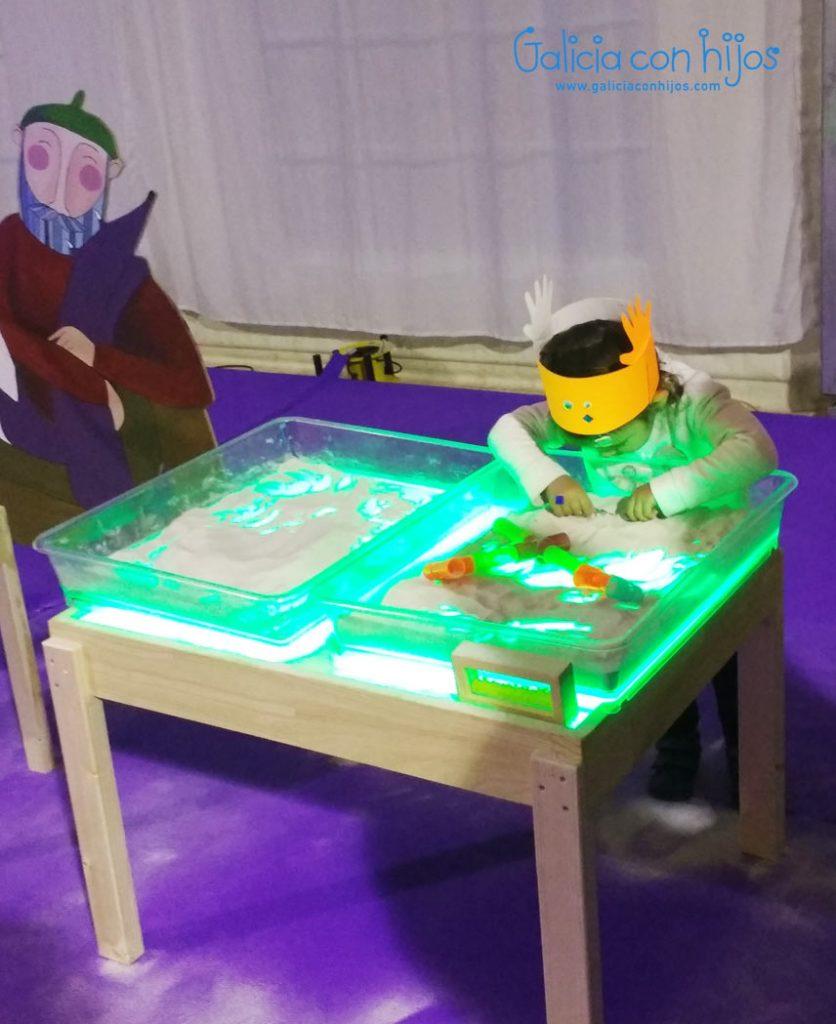 Mesa de luz y arena Pontexogos